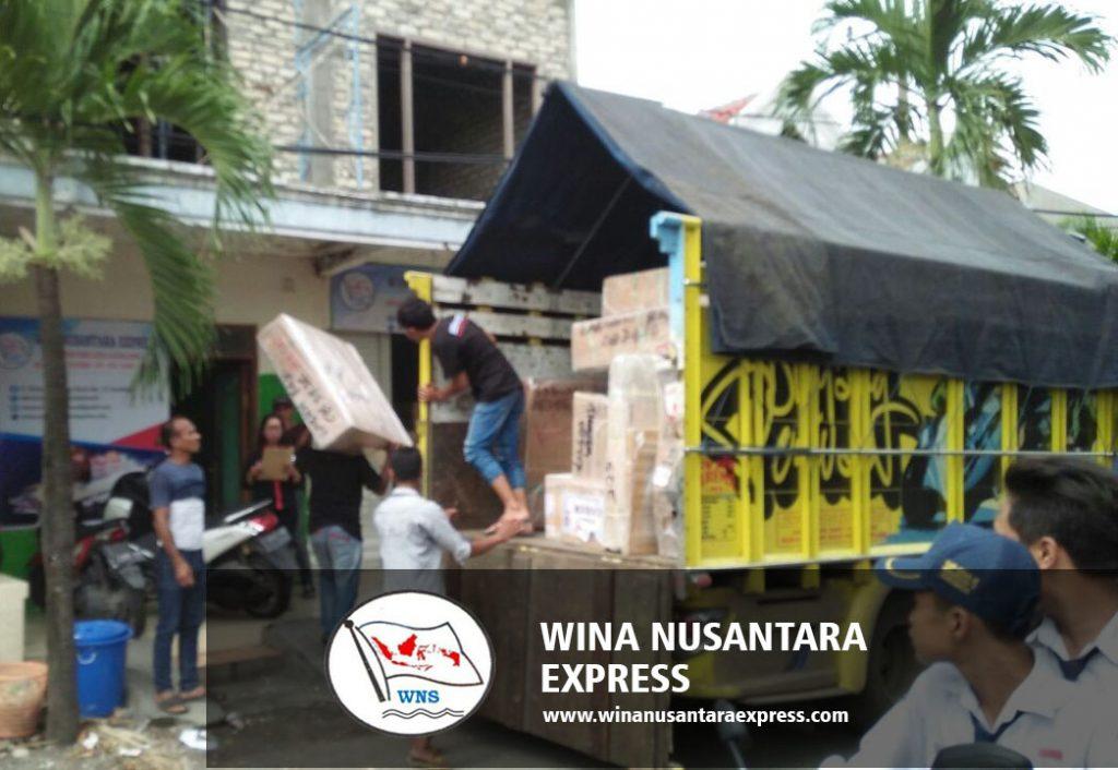jasa pengiriman barang antar pulau